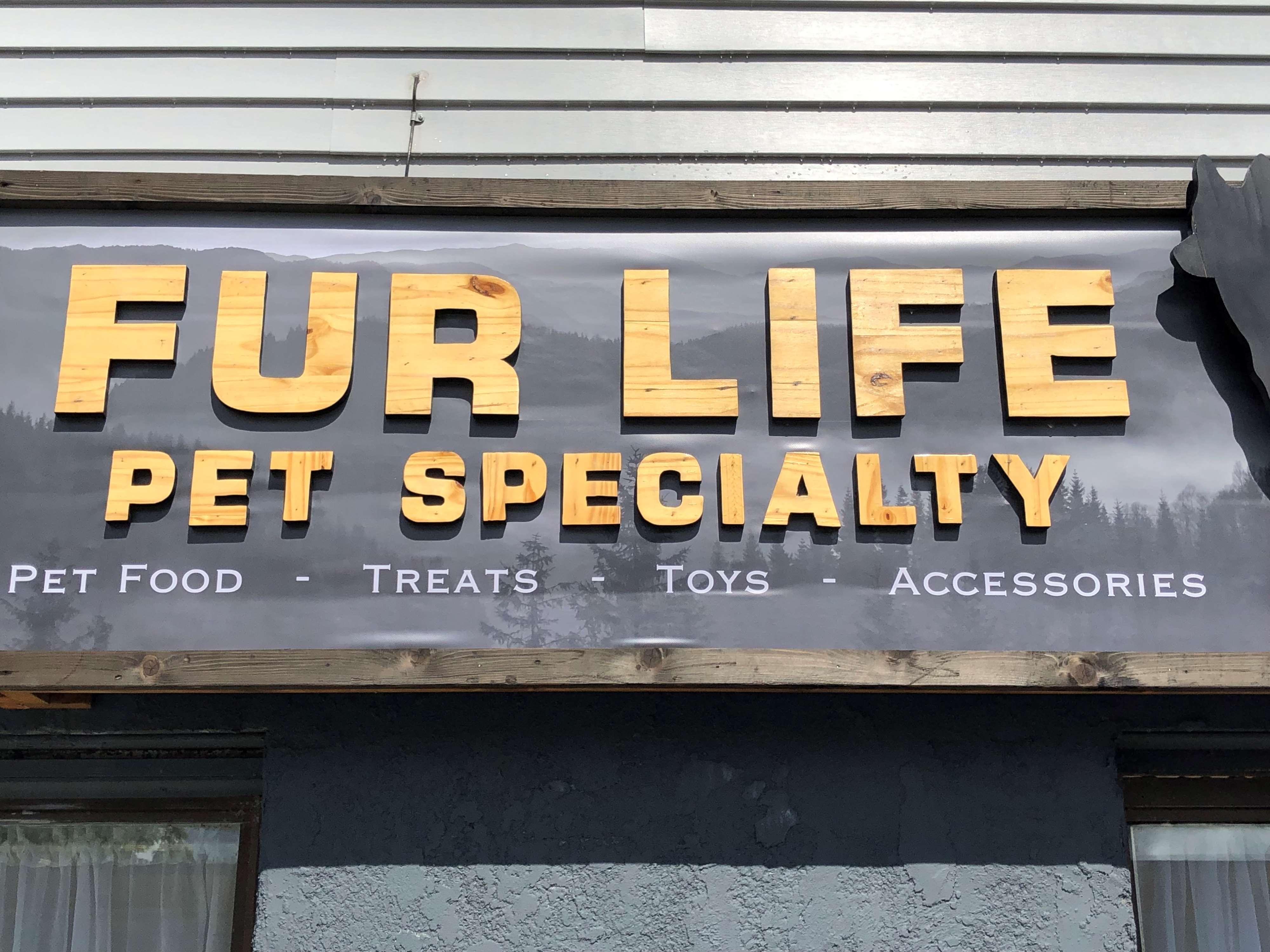 Fur Life Pet Specialty