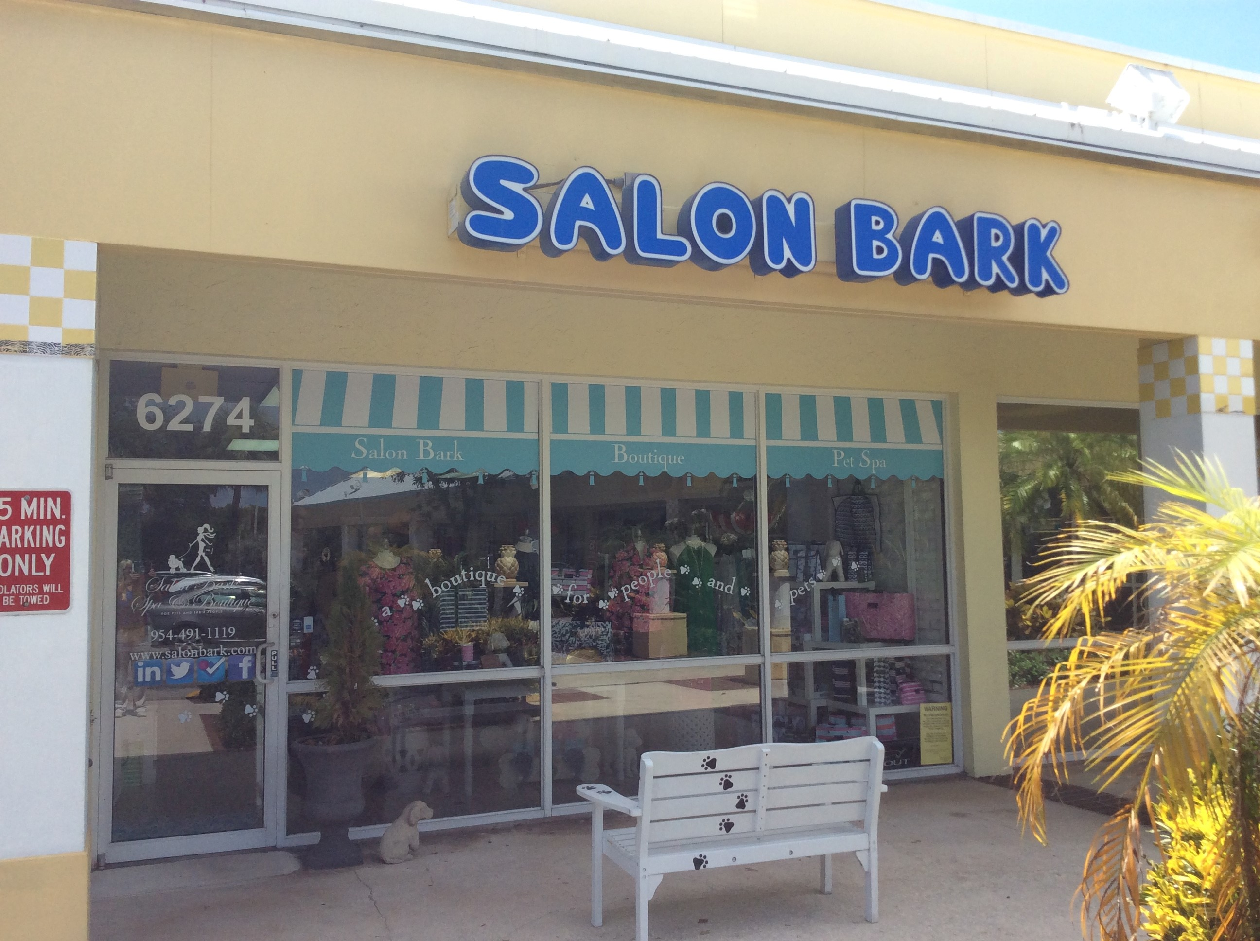 Salon bark pet salon fort lauderdale fl pet supplies for A family pet salon