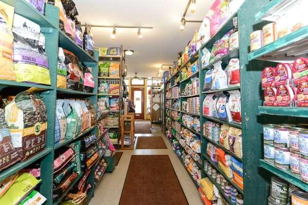 Helmutt's Pet  Supply