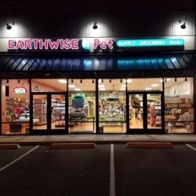 EarthWise Pet Supply & Grooming