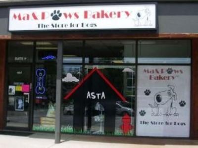 Ma & Paws Bakery