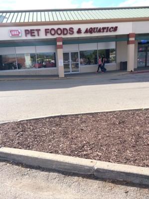 Iowa Pet Foods & Seascapes